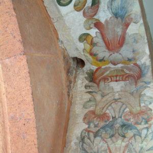 Decoración del arco de acceso a la antigua capilla de la Virgen de Gracia (detalle de una de las jambas y el dintel) Antiguo Monasterio de San Agustín. La Laguna (Tenerife)
