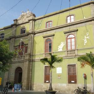 Institución Bernabé Rodríguez. Plaza Ireneo González. Santa Cruz de Tenerife, 1877 (Foto: F. García Barba)