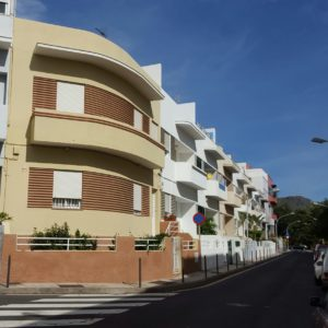 33 Casas para la Sociedad Cooperativa de Producción de Tenerife. Teniente Martín Bencomo/Dr. Naveiras. Santa Cruz de Tenerife, 1933 (Foto: F. García Barba)