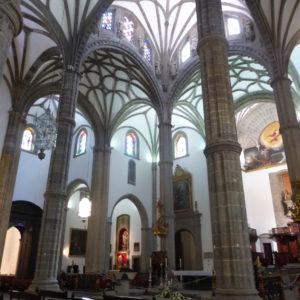 Catedral de Santa Ana. Interior con buena parte de las obras realizadas por Diego N. Eduardo.