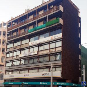 Edificio Chasyr. Puerta Canseco. Santa Cruz de Tenerife, 1970 (Foto: F. García Barba)