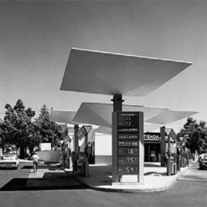 Gasolinera de Los Llanos. Los Llanos de Aridane, La Palma, 1964 (Foto: Jordi Bernadó)