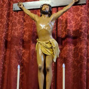 """Crucificado (""""Cristo de la Misericordia""""), h. 1862 La cabeza es obra de Aurelio Carmona López (1826-1901) Iglesia de La Encarnación. Santa Cruz de La Palma"""